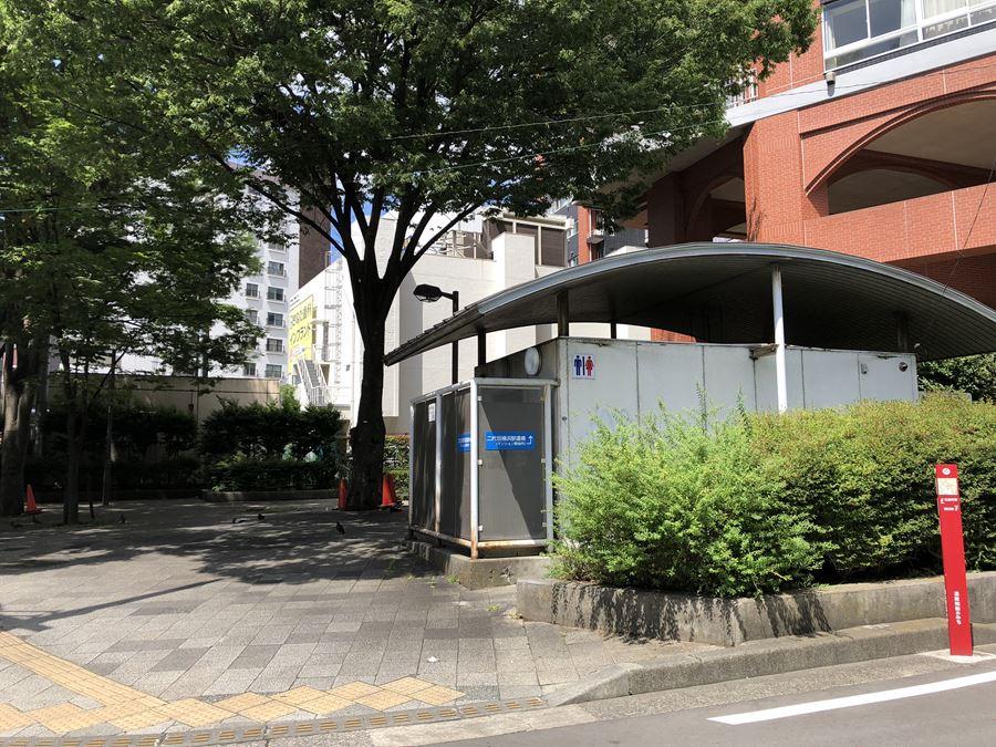 二代目横浜駅跡地横にある公園