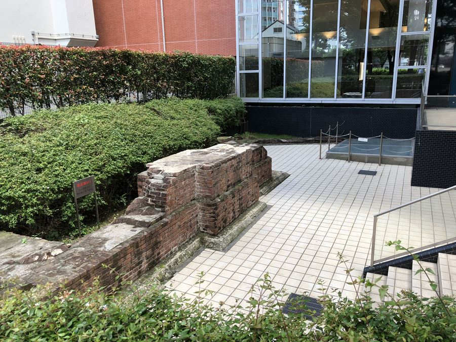 二代目横浜駅跡地を公園側から見た図