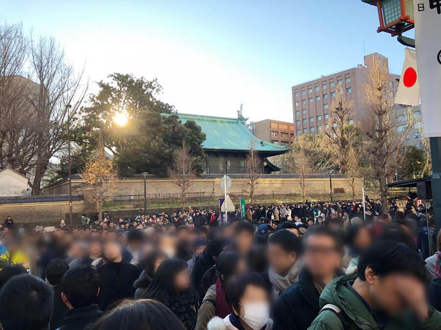 2018年1月2日。神田明神に並ぶ参拝客