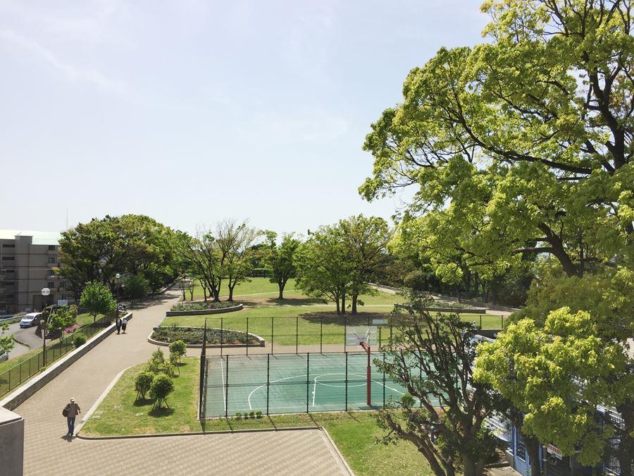 野毛山公園内の展望台から見た景色