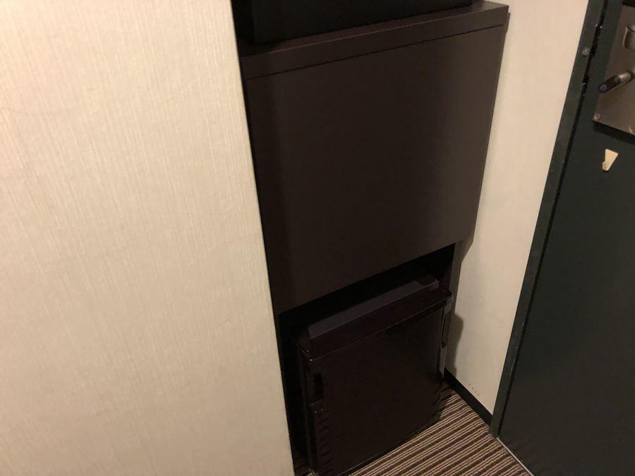 「ホテルヴィラフォンテーヌ上野の客室」冷蔵庫