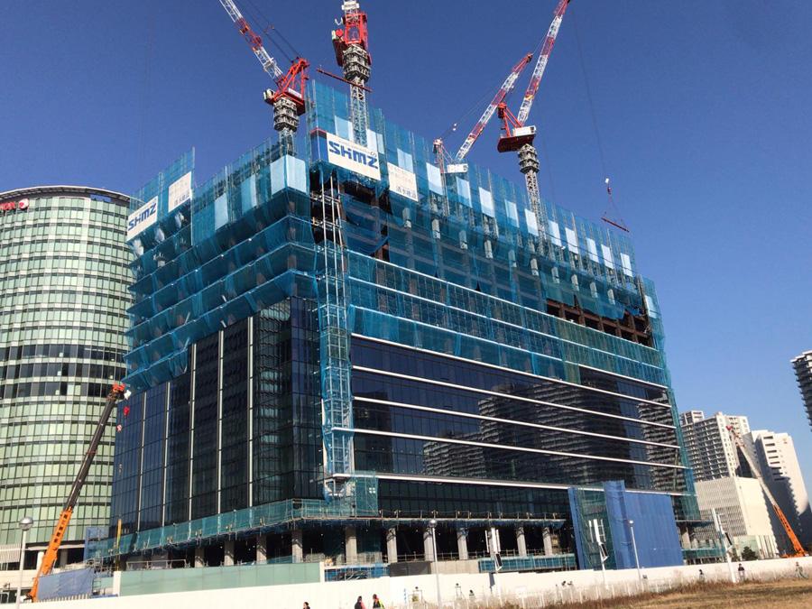 建設中の横浜グランゲート