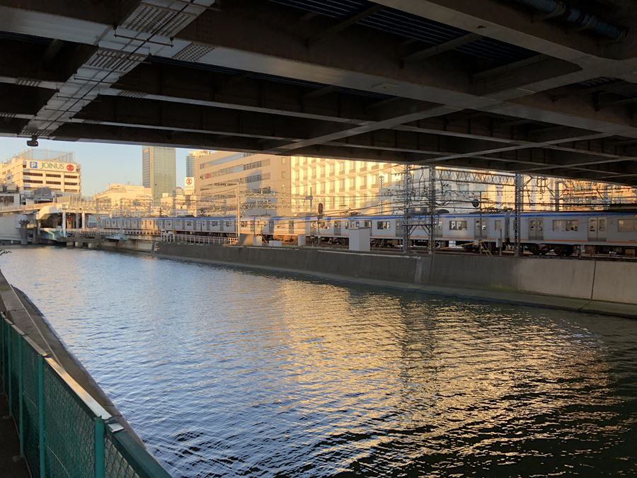 元平沼橋から見る相鉄線