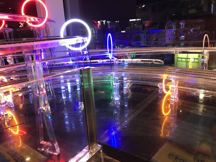ER & TEPPAN シュッシュポポン (ChouChouPOPON)御徒町店のジオラマ写真
