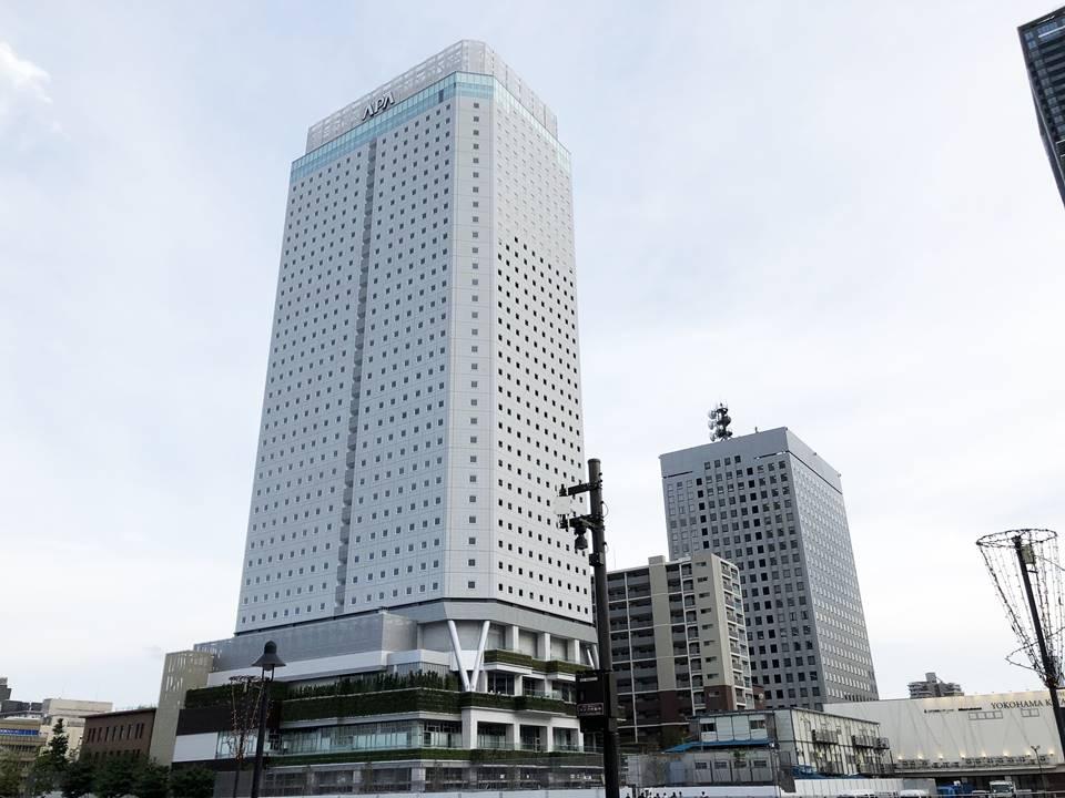 建設中のアパホテル&リゾート〈横浜ベイタワー〉の写真