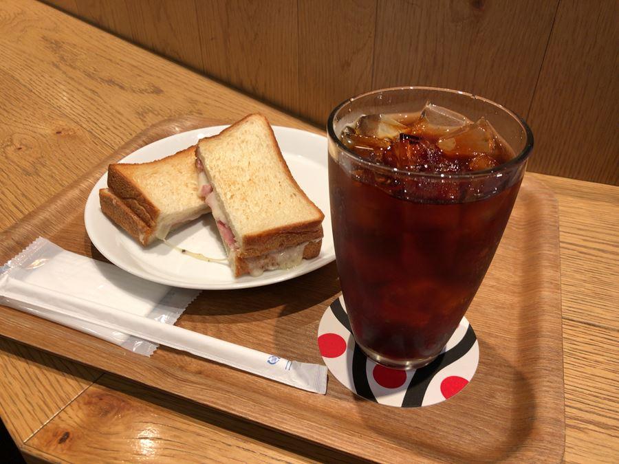 JR桜木町駅ナカのCIALにあるCAFE LEXCEL(カフェレクセル)のモーニング写真