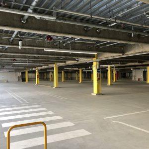 港山下ナナイロの駐車場写真