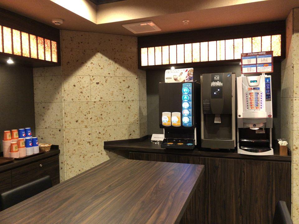 錦糸町にある桜スカイホテルのドリンクバー