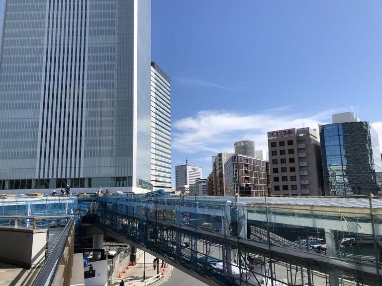 桜木町駅から横浜新市役所につながる「さくらみらい橋」工事中写真