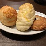 焼き立てパン食べ放題に釣られた。『鎌倉パスタ 横浜ワールドポーターズ店』が満足度120%だった。