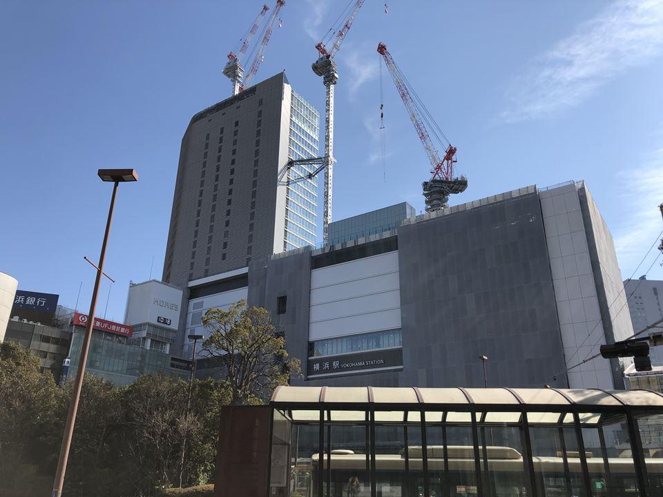 建設中のJR横浜タワーの様子