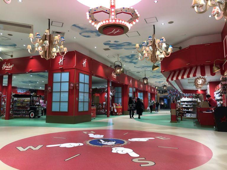 ハムリーズ 横浜ワールドポーターズ店に行ってきた。遊び満載で子供満足度が高い!1日遊んでいられる