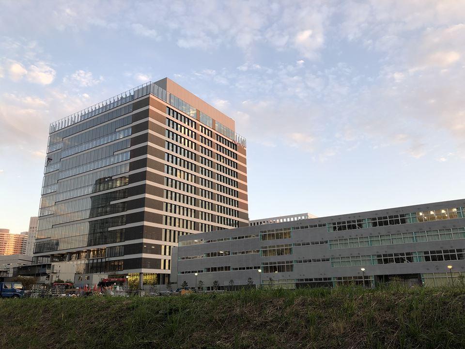 みなとみらいに建設中の資生堂グローバルイノベーションセンター(呼称「S/PARK」)