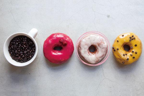 横浜駅直通アソビル1F「横浜POST STREET」の飲食テナントDUMBO Doughnuts and Coffee アソビル店
