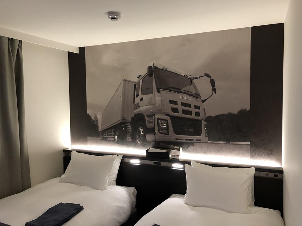 いすゞ自動車藤沢工場の目の前にあるPLAZA annexの室内写真