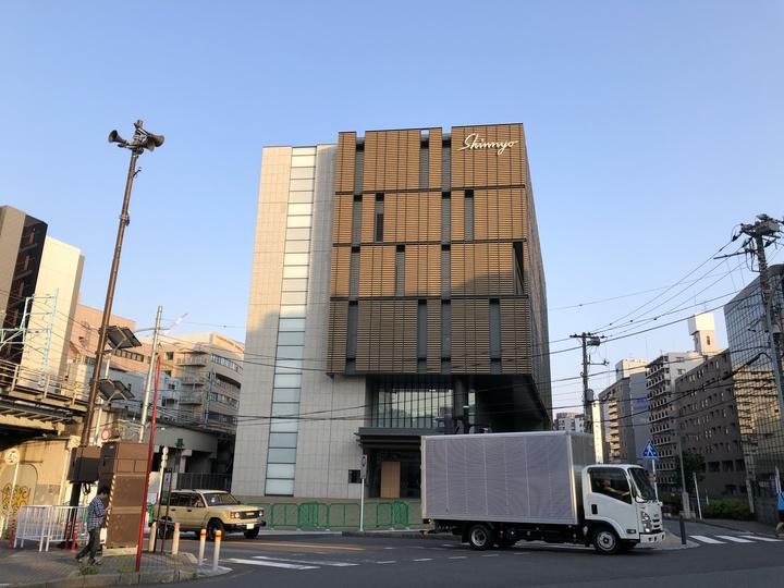 横浜駅近くの真澄寺外観写真