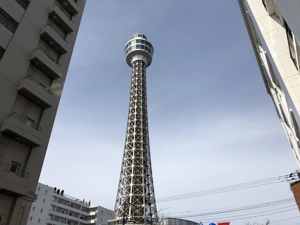 改修工事前の横浜マリンタワー