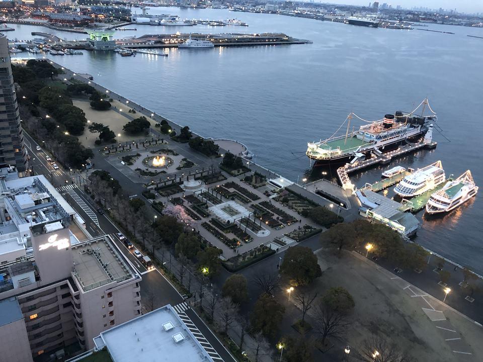 横浜マリンタワーから見える山下公園地区(2019年3月)
