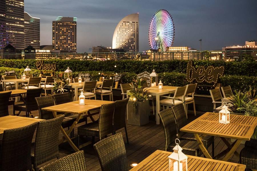 みなとみらいの夜景を楽しむアジアンナイトビアガーデン「YOKOHAMA NIGHT MARKET(ヨコハマ ナイト マーケット)」の写真