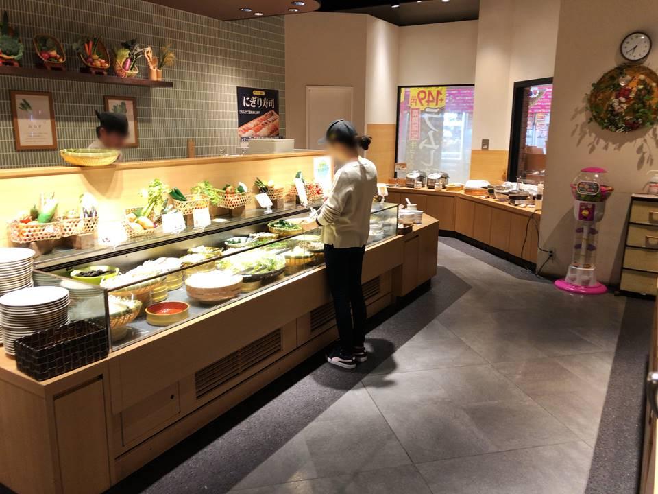 しゃぶ葉横浜ワールドポーターズの店内写真