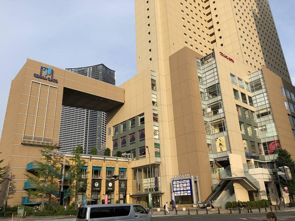 JR桜木町駅前にあるクロスゲート外観