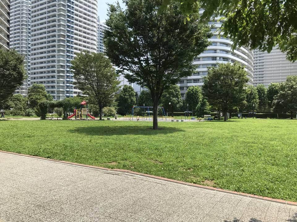 みなとみらいにある高島中央公園の写真