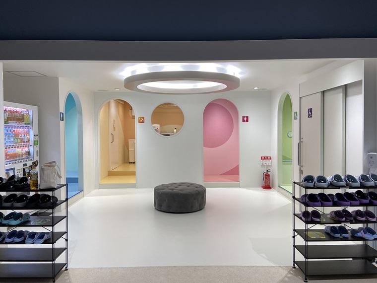 横浜駅のアソビル4Fにできたキッズパーク「PuChu!(プチュウ!)」のトイレ写真
