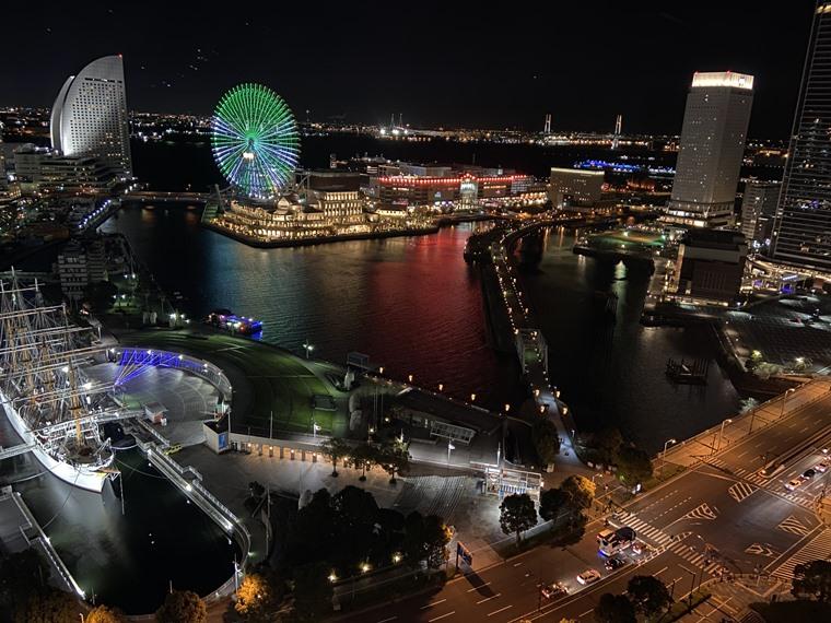 コレットマーレにあるニューオータニイン横浜プレミアムの客室から見た景色