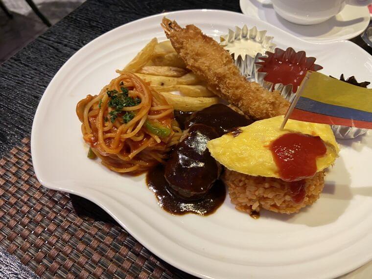 ニュータにイン横浜プレミアムに入るレストラン「THE sea(ザ・シー)」のキッズプレート写真